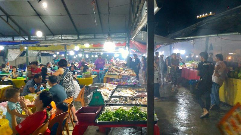 【マレーシア】コタキナバルの夜の散策にナイトマーケットはいかが?