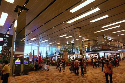 <シンガポール旅行その13>チャンギ空港ターミナル1のフードコートで腹ごしらえ!