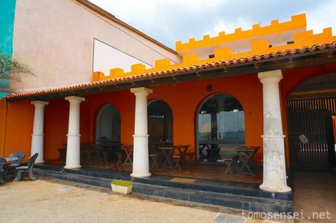 【スリランカ】19_コロニアル建築を利用したトリンコマリーのレストラン「ダッチ・バンク・カフェ/Dutch Bank Cafe」