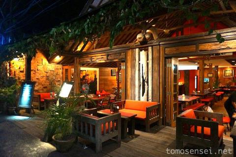 【バリ島】バリ料理メニューもあるサヌールのレストラン「ワルン・プルギナ/Warung Pregina」
