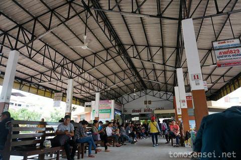 【タイ&ラオス旅行】②国際バスでムクダハンからサワンナケートへ陸路国境越え