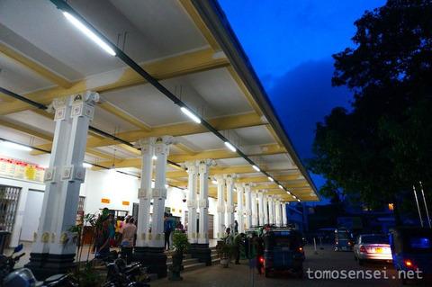 【スリランカ】13_列車とバスを乗り継いでジャフナから港町トリンコマリーへ