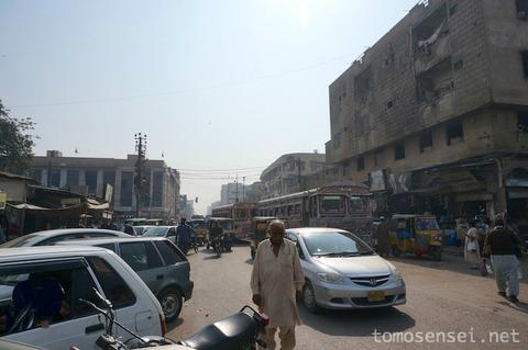 【パキスタン】21_カラチの旧市街は英国統治時代のコロニアル建築が佃煮