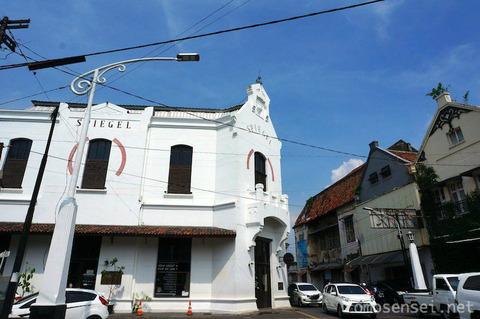【ジャワ島】19_スマランで絶対行くべきレストラン「スピーゲル/Spiegel Bar & Bistro」