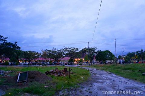 【インドネシア】04_アンボン空港前のトランジット用ゲストハウス「Penginapan Amydiah」