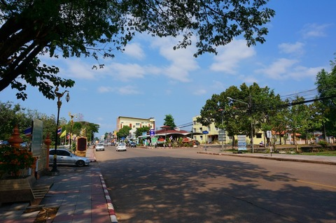 <タイ・ラオス旅行その8>フレンチコロニアル風なナコンパノムの街をお散歩〜!