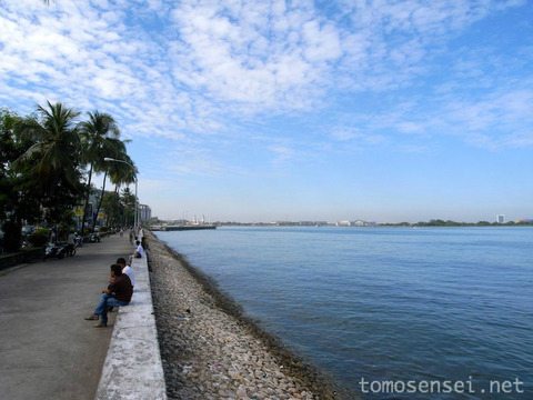 【インドネシア・トゲアン諸島の旅】⑪ちょこっとマカッサル市内観光&B級グルメ