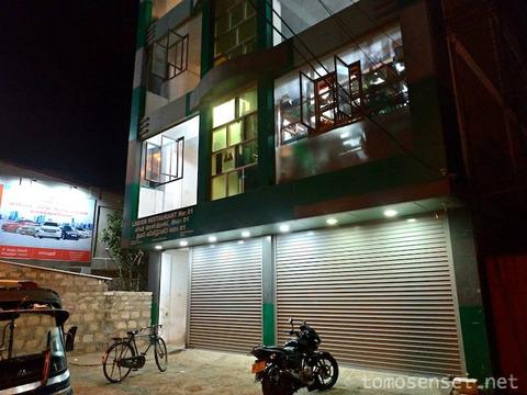 【スリランカ】07_男どもが夜な夜な集うジャフナの居酒屋「リカー・レストラン No.1/Liquor Restaurant No.1」
