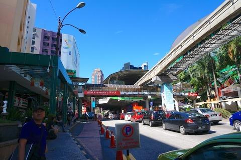 <タイ・マレーシア旅行その17>ブキッビンタンのスーパーでお土産を探す!