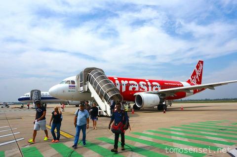 <アンコールワット旅行2016冬その1>カンボジア入国、空港からシェムリアップ市内へ