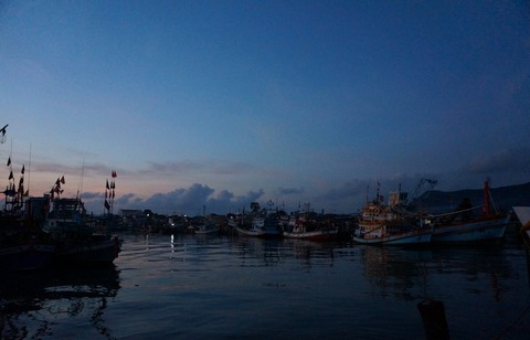 バンコクから日帰りで魚をバンバカ釣りに行ってきた!