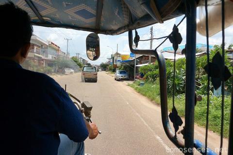【タイ&ラオス旅行】⑥国際バスでサワンナケートからムクダハンへ陸路国境越え