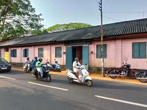 【南インド】アレッピーの水郷地帯を格安でバックウォータークルーズしたよ