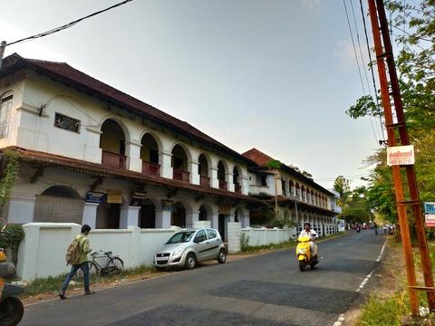 【南インド】アレッピーでお酒が飲めるレストラン「アルカディア・ホテル/Arcadia Hotel」