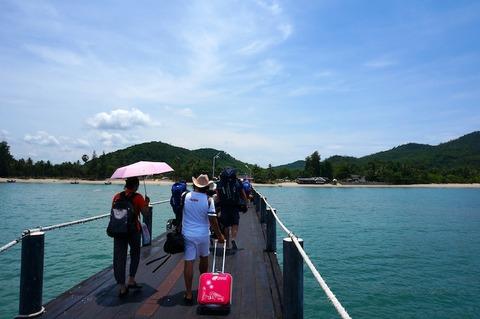 <タオ島旅行2016春その18>ロンプラヤ(船+バス)でバンコクへ戻る②