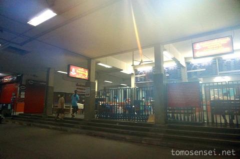 【タイ深南部】03_のんびり3等列車に揺られてタイ最南県ヤラーへ