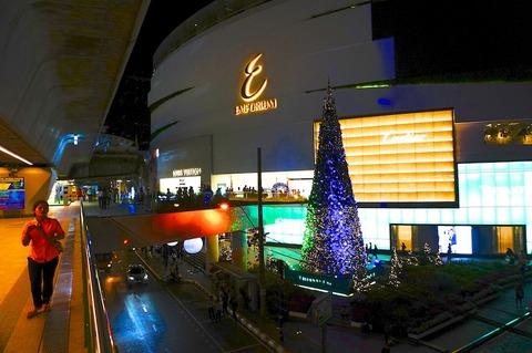 バンコクのクリスマスデコレーション@プロンポン駅前