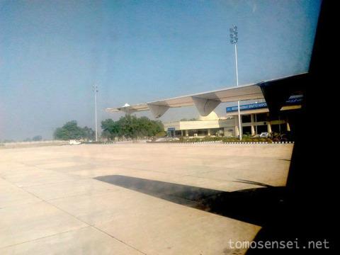 【パキスタン】07_サッカル空港で公安警察に捕まって護送されちゃったお話