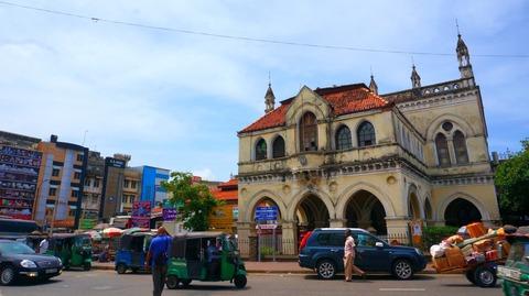【ほぼリアルタイム紀行】西欧の風を感じるスリランカ・ニゴンボの街を歩く
