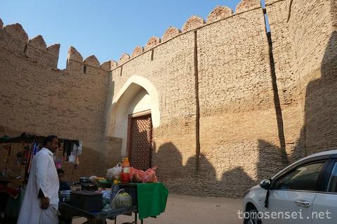 【パキスタン】15_街を見下ろす美しき巨大要塞「コート・ディジー砦/Kot Diji Fort」