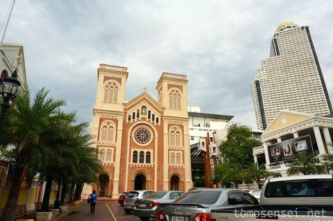 【バンコク市内旅行】②ジャルンクルン通り(ニューロード)を歩く/旧税関とトロカデロホテル