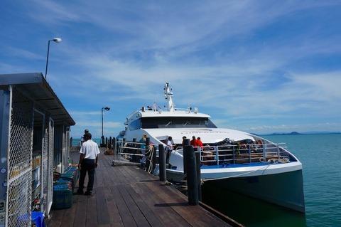 <タオ島旅行2016春その4>ロンプラヤ(バス+船)でタオ島へ〜♪②