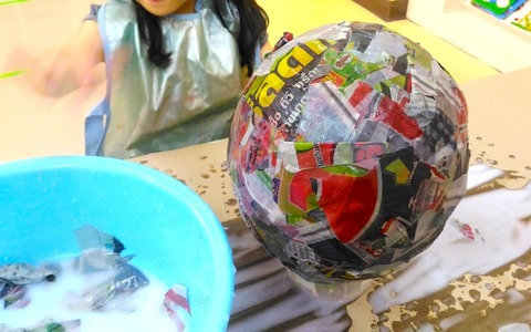 【トモ先生のバンコク絵画造形教室】最近の生徒作品をご紹介します。